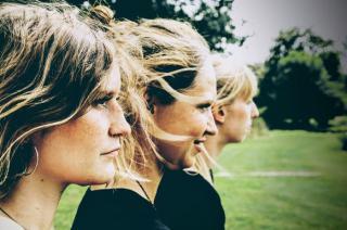 Foto_Zsa Zsa Zsu trio